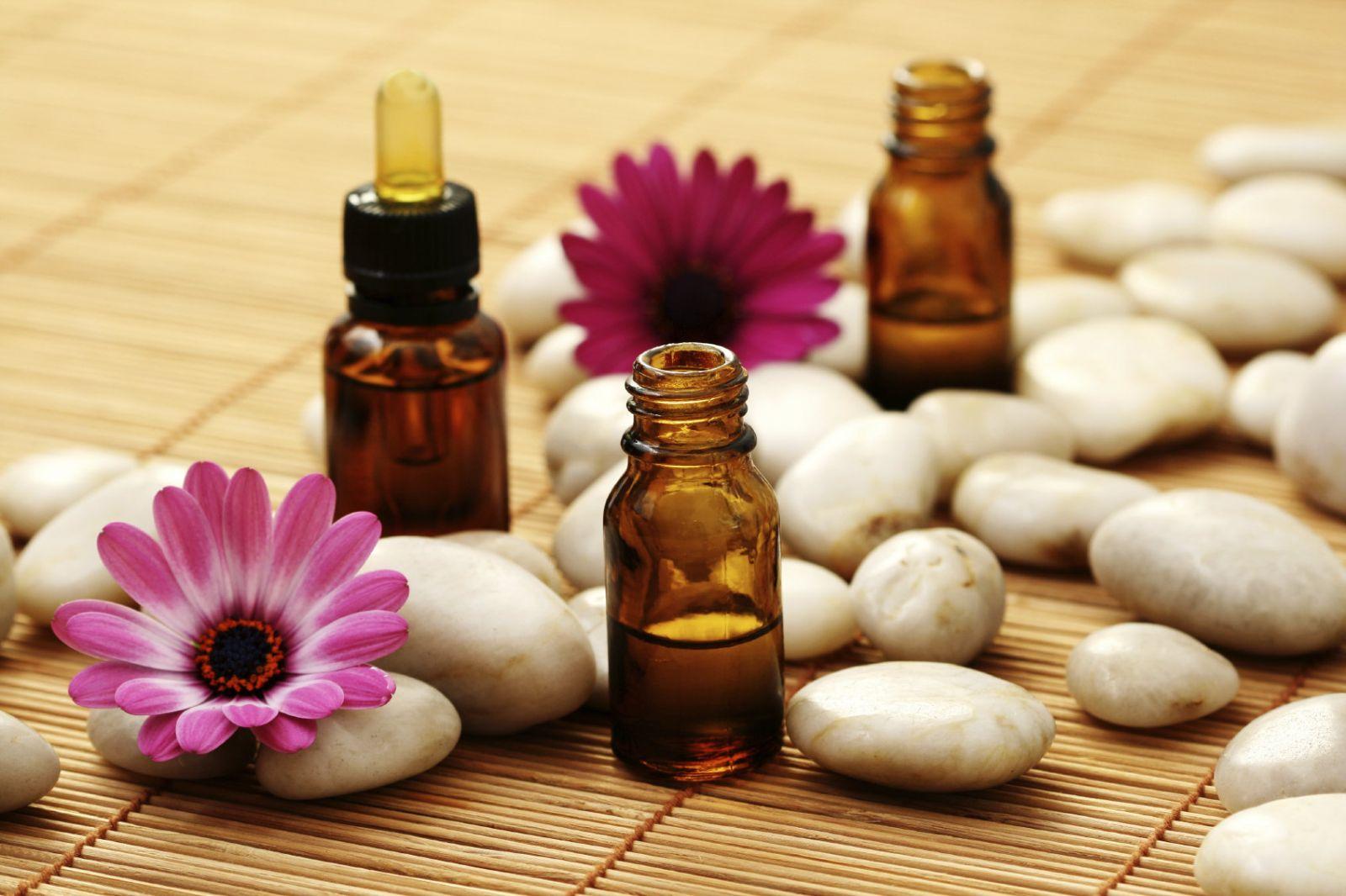 Điều trị sẹo mụn bằng tinh dầu tầm xuân (2)